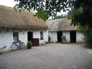Things to do in County Clare, Ireland - Bunratty Castle and Folk Park - YourDaysOut